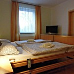 INT 133-2 Lüttgrün Dröse Schlafzimmer