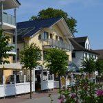 INT 141 Sommertag Wauzi 02-Villa_Wauzi_02