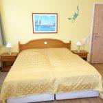 INT 141 Sommertag Wauzi 08-Appartement5_Wohnzimmer2a