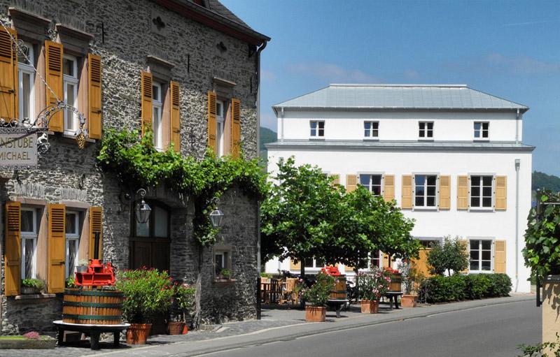 Www Hotels An Der Mosel Mit Hallenbad