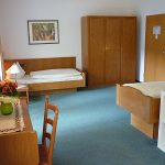 int-41-1-kurgarten-hotel-wolfach-zweibettzimmer