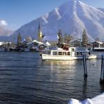 Schiffsrundfahrt im Winter am Tegernsee