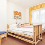 INT 95 Mitmensch Zimmer hoehnverstellbare Pflegebetten
